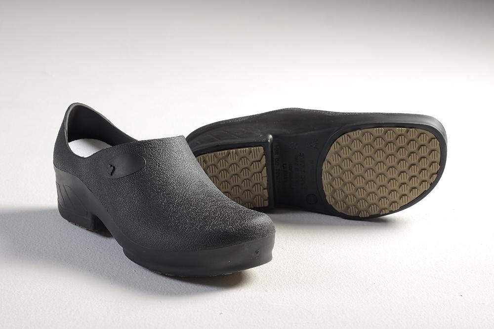 e48a3caa3 Sapato Preto 36 Sticky Shoe. Ref.: 1389900. Fotos. Previous. Foto 1 ...